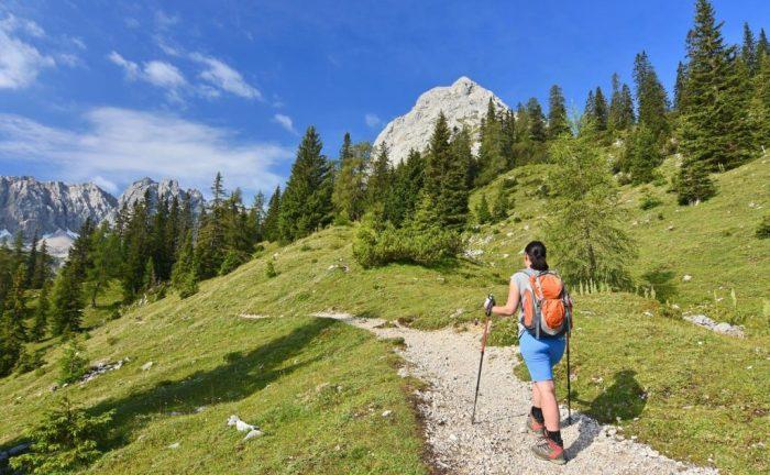 Leichte Alpenüberquerung zum Wandern für Anfänger