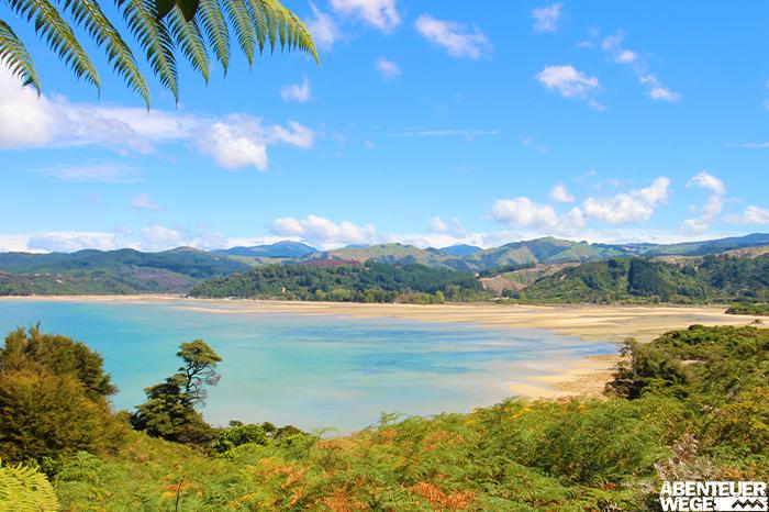 Traumhafte Strände im Abel Tasman Nationalpark auf der Südinsel Neuseelands