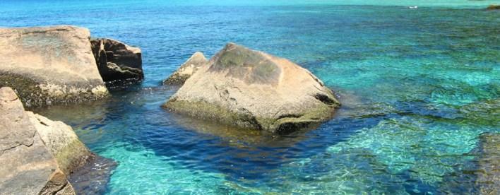 As 10 Praias mais bonitas do Brasil. lagoa Azul - em Aberbeach moda praia e sungas de praia