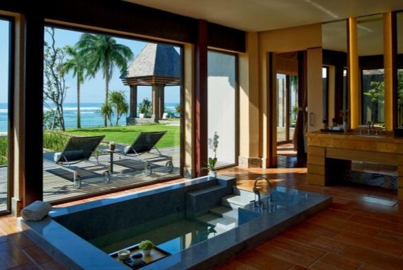 hoteis luxuosos aberbeach moda praia masculina The Ritz-Carlton em Bali, Ilha da Indonésia