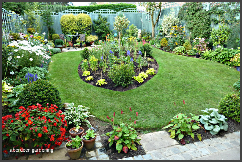 New Perennial bed (4)