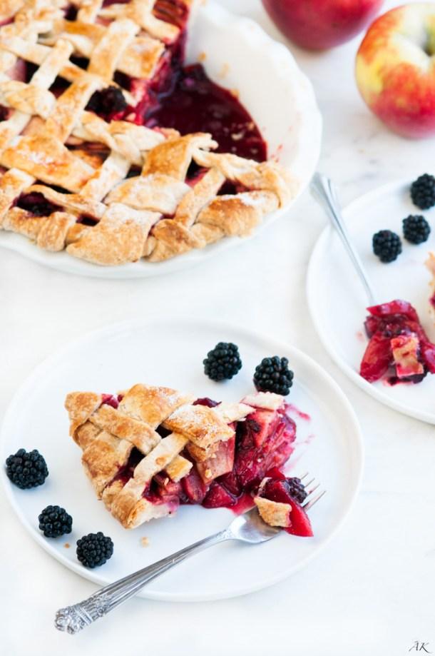 Apple Blackberry Pie   aberdeenskitchen.com