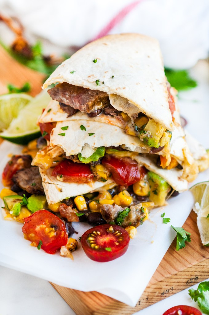 30 Minute Loaded Steak Quesadillas | aberdeenskitchen.com