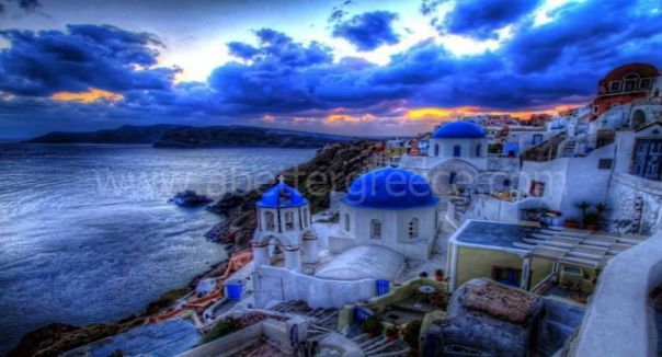 Santorini_holiday_rentals