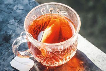 تاريخ و أصل الشاي وكيفية انتشاره
