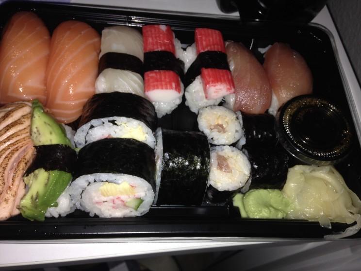 Det var godt 1½ år siden jeg sidst fik sushi. Jeg spiste op :-)