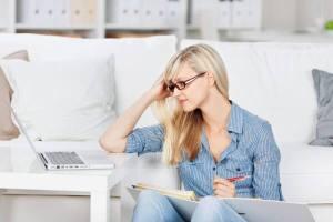 Les consommateurs B2B visitent au moins 3 sites et effectuent une moyenne de 12 recherches