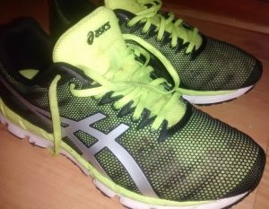 running shoes pic