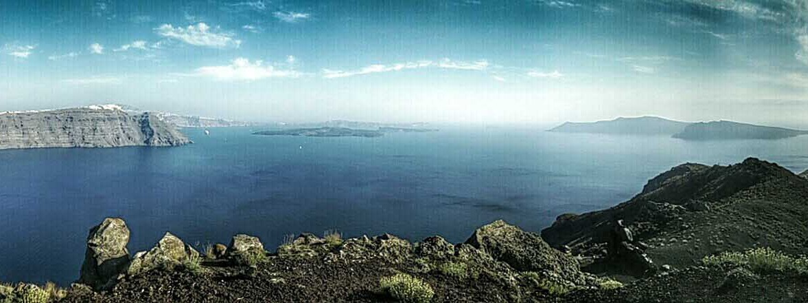 Best Way to See Santorini - Fira to Oia Hike - A Bit of This and a ...