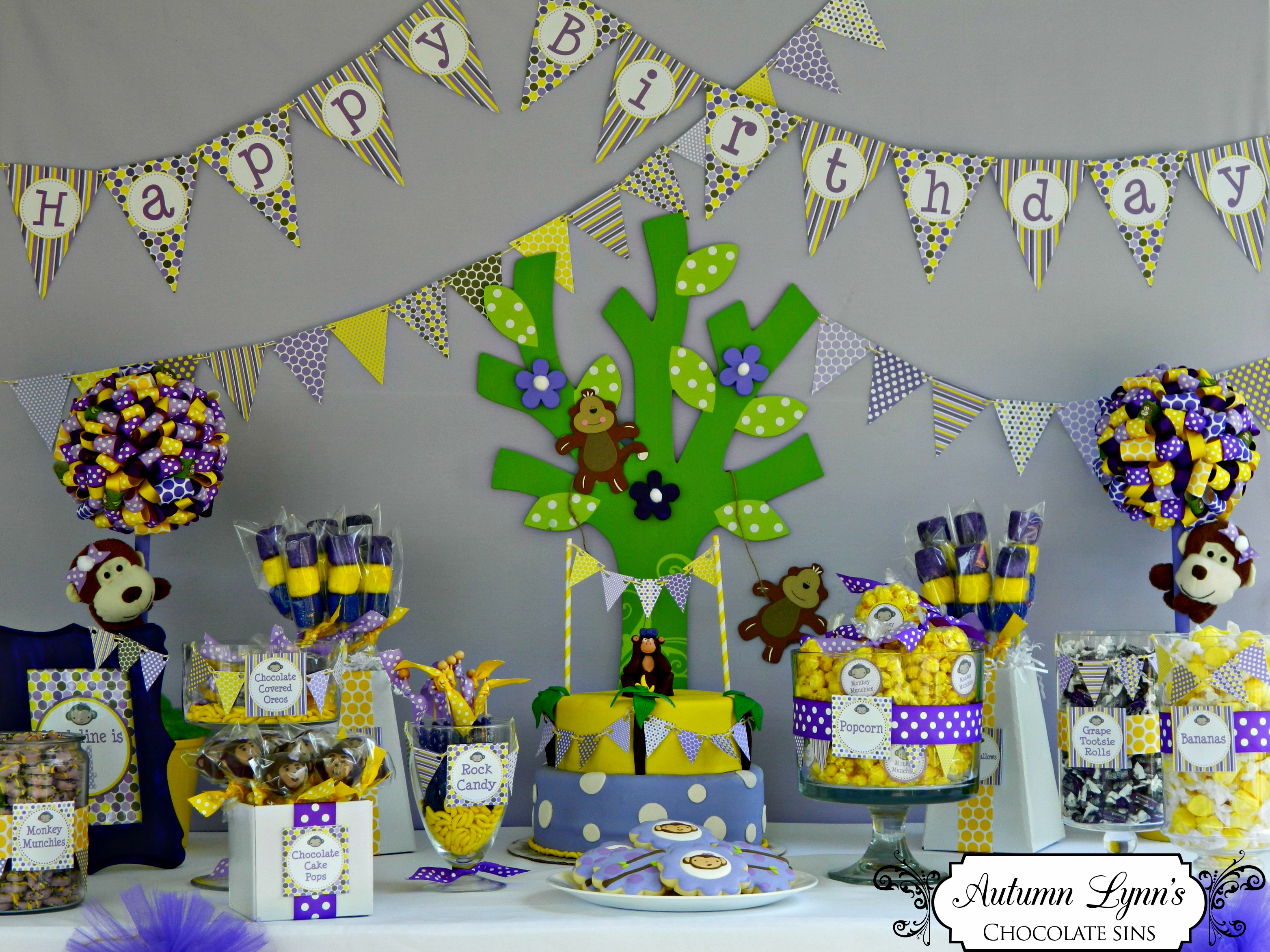 autumn from autumn lynn s chocolate sins created a darling purple yellow monkey party for her sweet niece who was turning 4 and loves monkeys and the