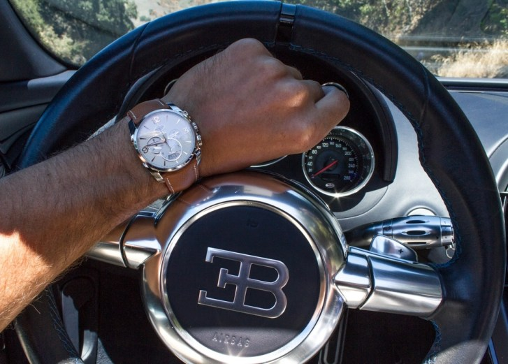 A Regular Guy Drives A Bugatti Veyron Supercar Luxury Items