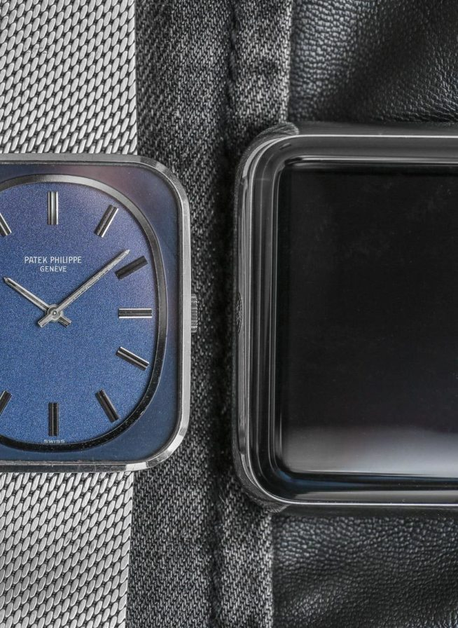 What Do The Patek Philippe 3582 & The Apple Watch Have In Common? Featured Articles
