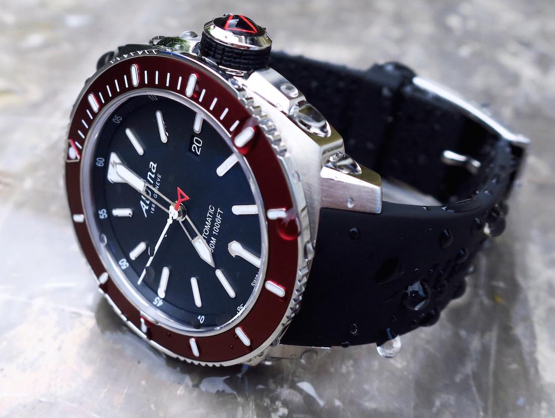 Alpina Seastrong Diver Automatic Watch Review ABlogtoWatch - Alpina diver