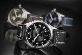 Davosa Newton Pilot Day-Date Automatic Watch Watch Releases