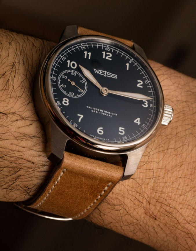 Weiss American Issue Field Watch Ultralight In Titanium And Aluminum Hands-On Hands-On