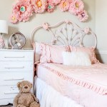 New Bedding for Ava's Room