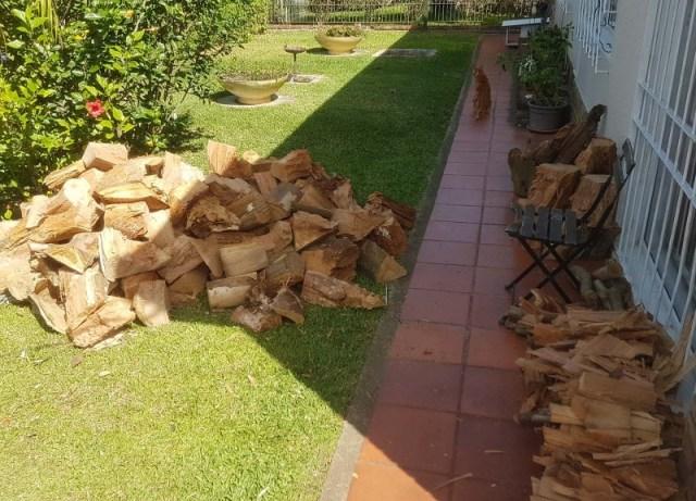 Rest der Holzlieferung