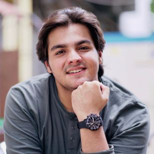 Ashish Chanchlani Biography