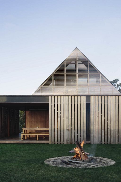 Forest House by Fearon Hay Architects
