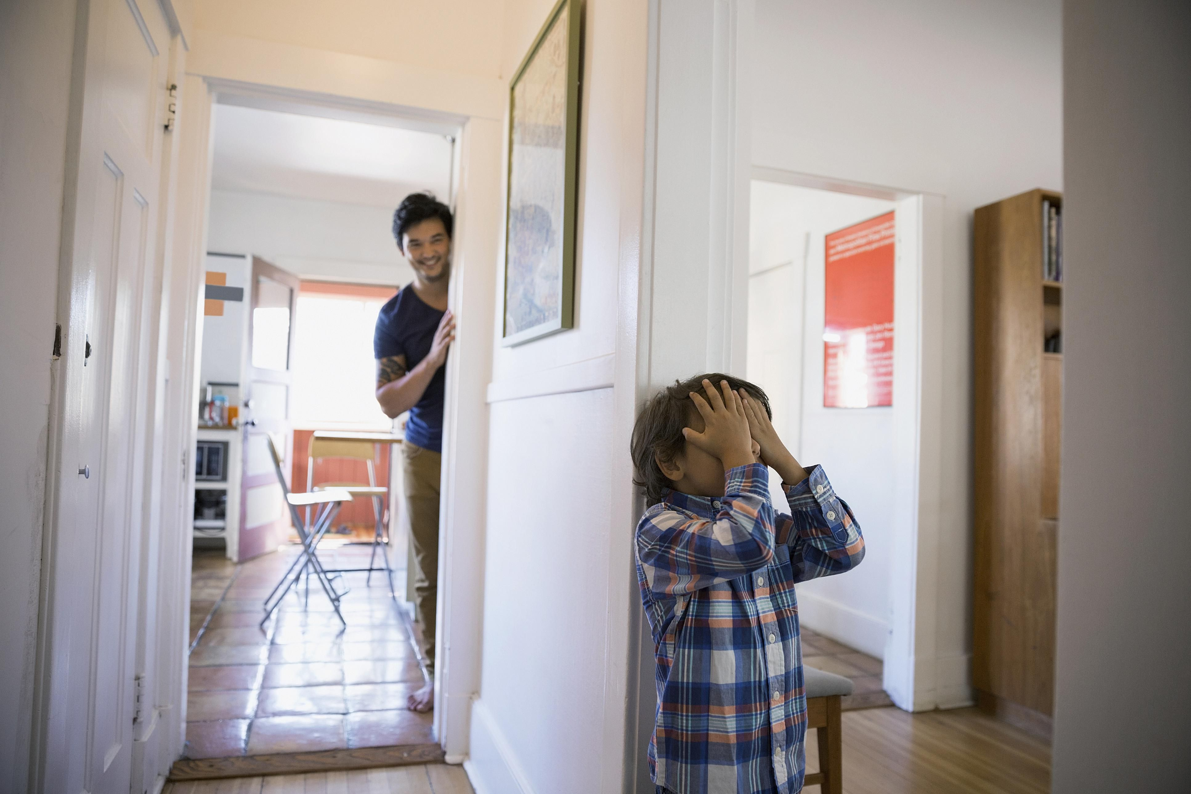 Resultado de imagen para juego escondidas casa