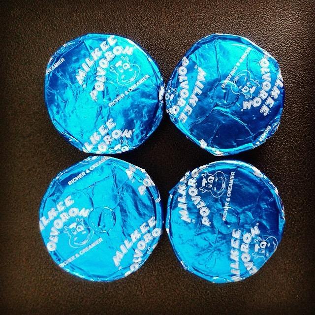 Milkee Polvoron: singles in blue foil