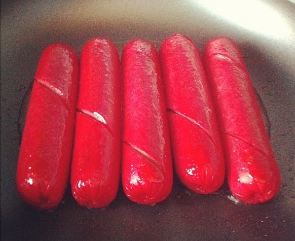 San Miguel Purefoods Tender Juicy Hotdogs