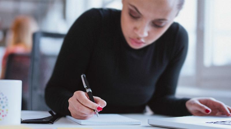 10 Πράγματα που δεν πρέπει να λένε οι έξυπνοι άνθρωποι στη δουλειά