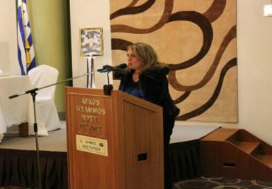 Η Ολυμπία Τελιγιορίδου ανάμεσα στους βουλευτές του ΣΥΡΙΖΑ που διαφωνούν με την αναδοχή παιδιών από ομόφυλα ζευγάρια