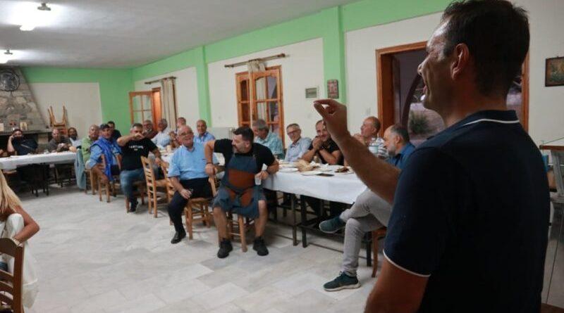 Λουκούλλειο γεύμα για την επέτειο των 2 χρόνων της Δημοτικής Αρχής Κορεντσίδη