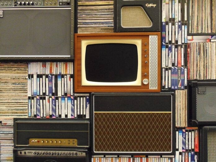 old tv 1149416 1280