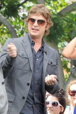 aRT_robthomas_kylecook_extra_set_Aug22-2012_ (2)