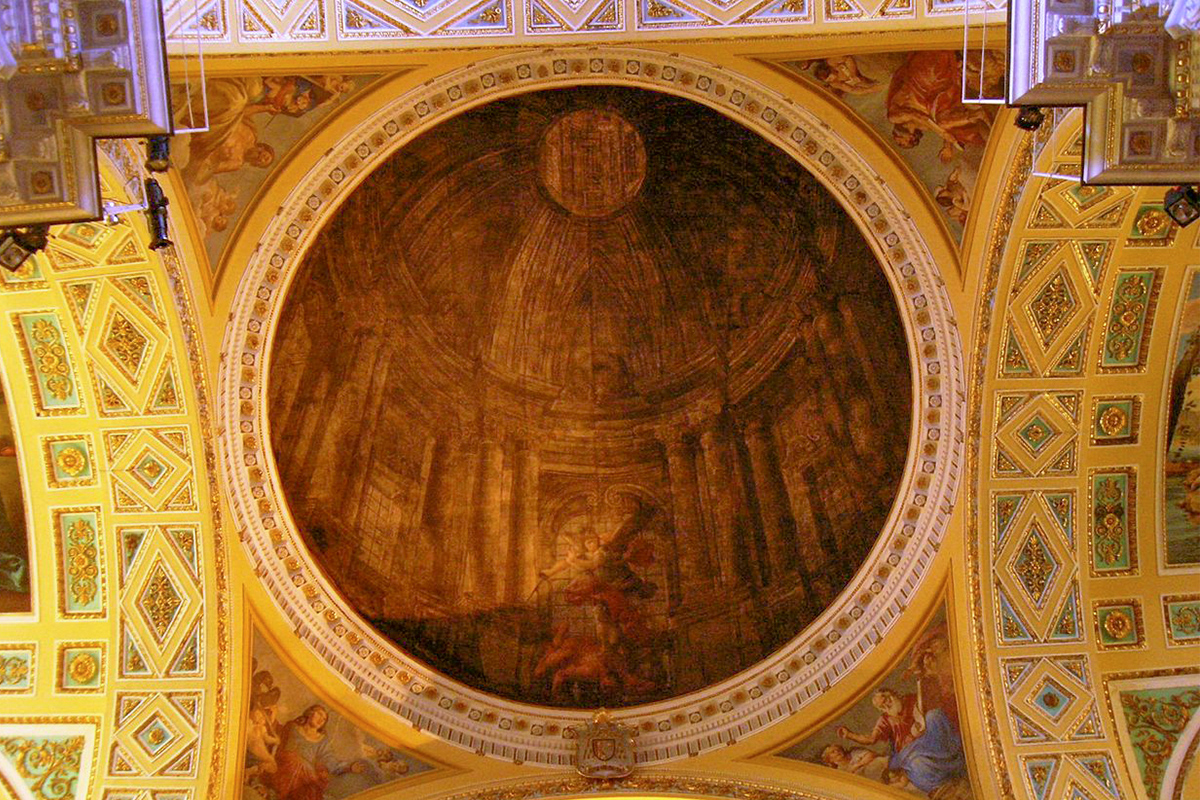 Fake dome - Basilica of San Michele - Piano di Sorrento