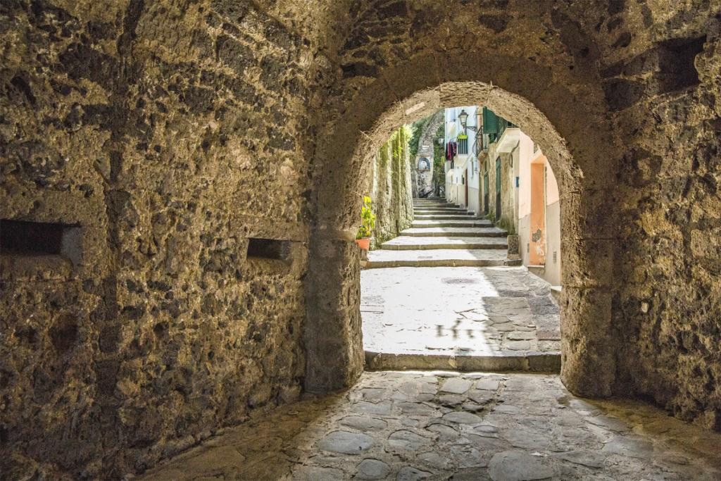 Antica Porta di Marina Grande a Sorrento