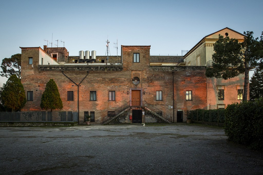 Il Monastero benedettino Sant'Agata sui due golfi