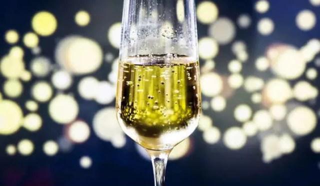 Российское шампанское и коньяк: нужны ли нам чужие бренды?