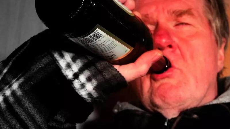 Алкоголизм не пройдет: в Швеции разрабатывается лекарство от зависимости