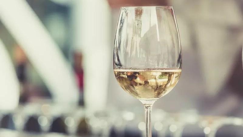 Винный гид России. В Роскачестве считают, что российское вино не уступает импортному