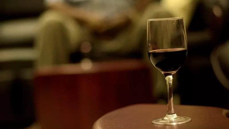 Флавоноиды, содержащиеся в вине, полезны для сердца
