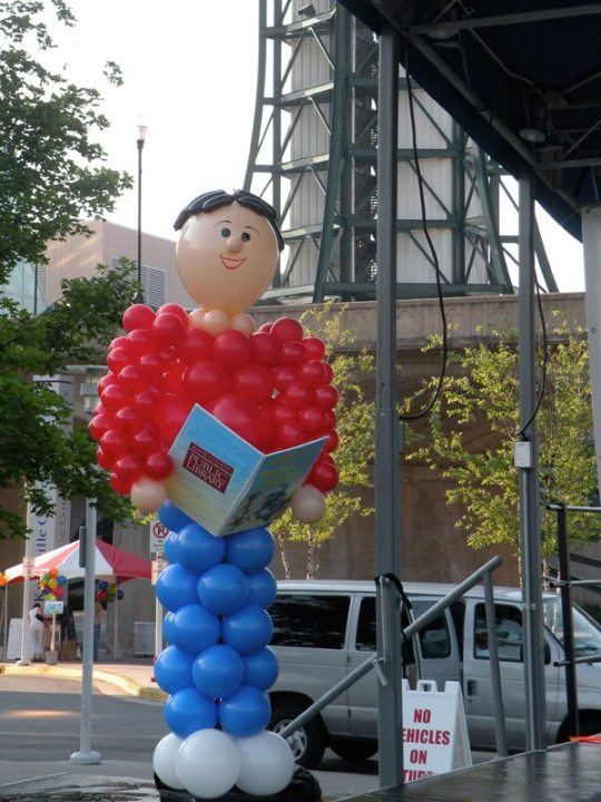 Children's Festival of Reading sculptures even read