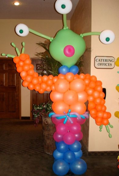 Set an out-of-this-world alien at a Halloween party