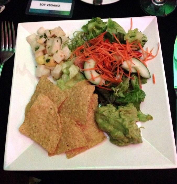vegan salad, jicama, guacamole