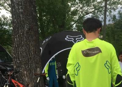 L'Abrevadero patrocinador del Biker Ainsetano  Alberto García Adan para el Campeonato de Aragón