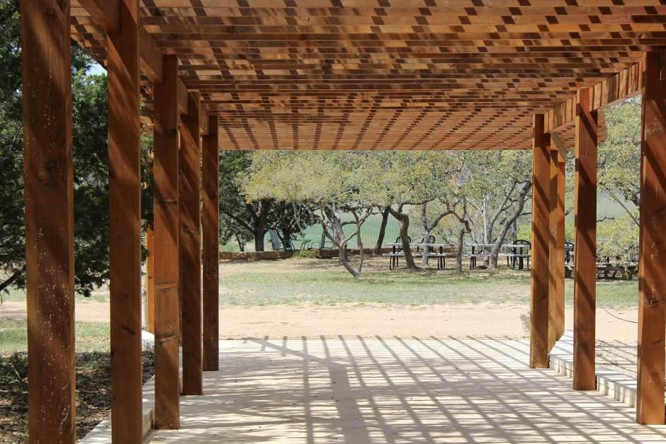 Pergola en bois pas cher abri jardin bois france Tonnelle en bois pour jardin