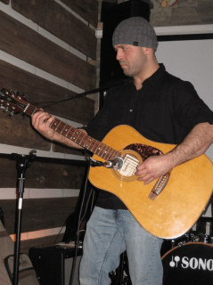 Nelson Sobral performing at Lou Dawgs on March 6th 2011