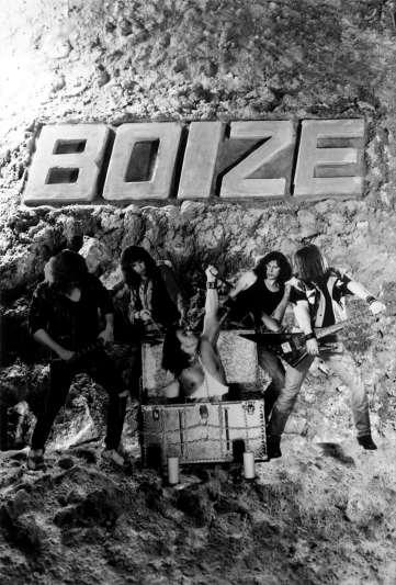 Boize's third poster, designed by Judith Cezar in February of 1992. This is the black and white photocopy sold by the band.