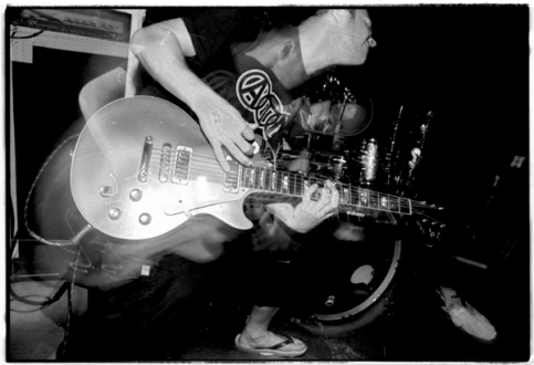 Dead Season at the Fireside Bowl, Chicago, Illinois. May 11th 2000.