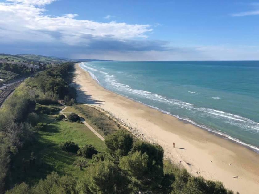 blue flag beaches abruzzo