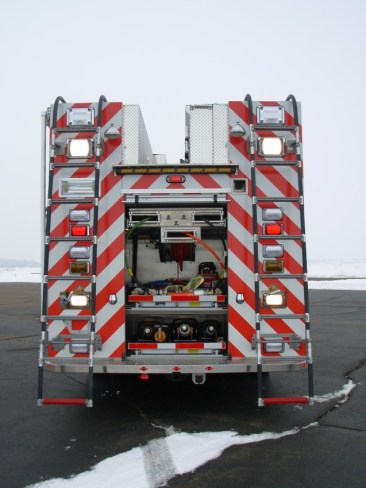 Harrods-Creek-8-Heavy-Rescue-Vehicle-Holmatro-ladder