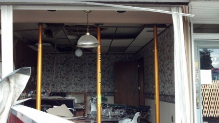 vehicle into building crashes-paratech (4)