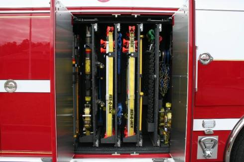 hollywood_vfd_squad_7-paratech-mounting